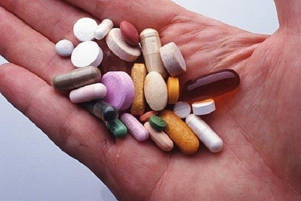 Не стоит принимать много лекарств за один раз