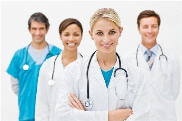 Очень важно для определения причины возникновения привкуса найти хорошего врача