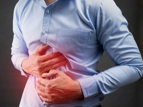 Основным признаком заболевания служит болевой синдром