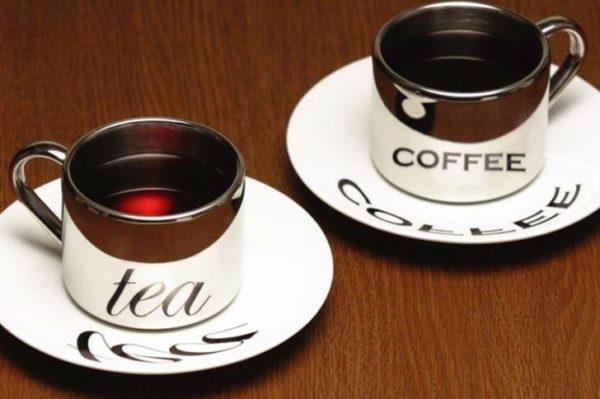 Откажитесь от крепкого чая и кофе