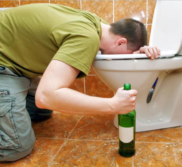 Этиловый спирт - мощный токсин