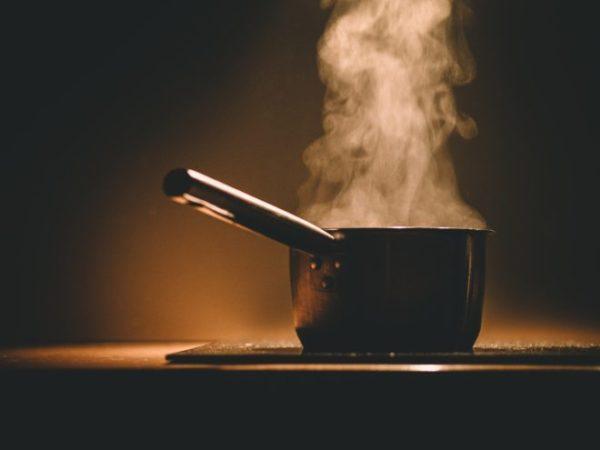 Отваривание - самый предпочтительный способ приготовления блюд