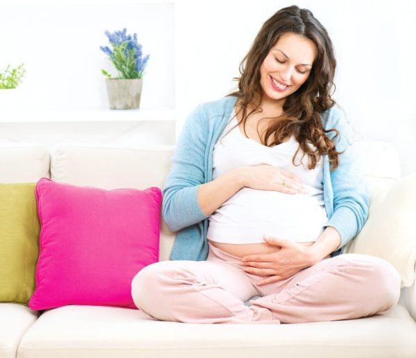 При нормальном течении беременности до девятого месяца не должно быть схваткообразных болей внизу живота