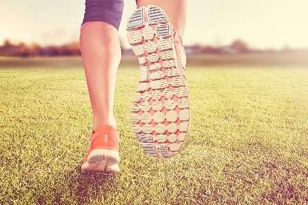 При соблюдении правил этот вид спорта будет способствовать уменьшению частоты обострений и поможет побороть ваш недуг