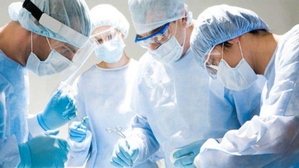 Проведение геморроидэктомии