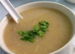 Супы слизистые на овощном бульоне или из перетертого хорошо проваренного мяса