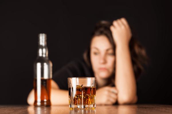 Алкоголь негативно влияет на поджелудочную