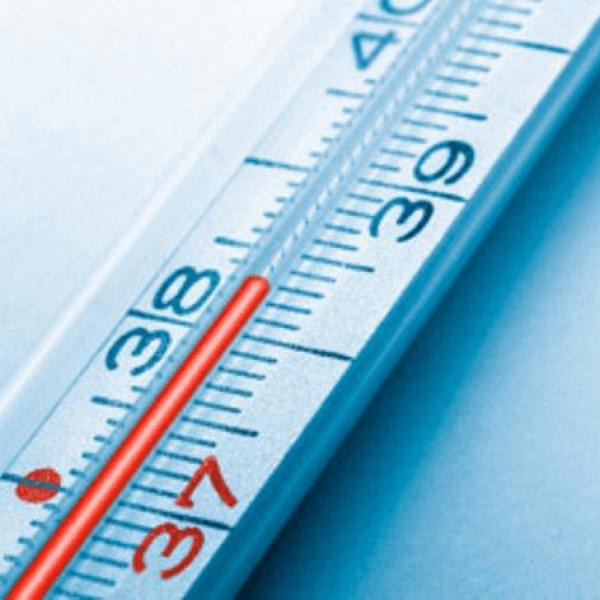 Если температура не сбивается,нужно срочно обращаться в скорую