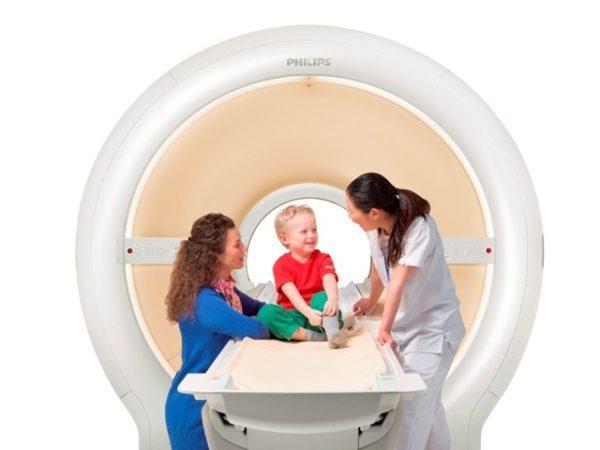 МРТ - более комфортный метод диагностики чем все остальные, поэтому его применяют даже для детей
