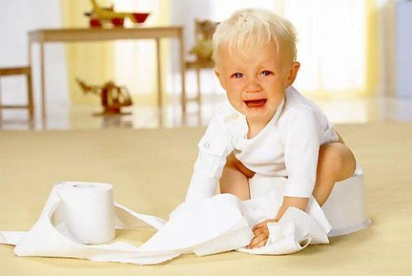 Проблему нарушения работы кишечника у детей невозможно решить, не разобравшись в ее причинах, спровоцировавших ее появление