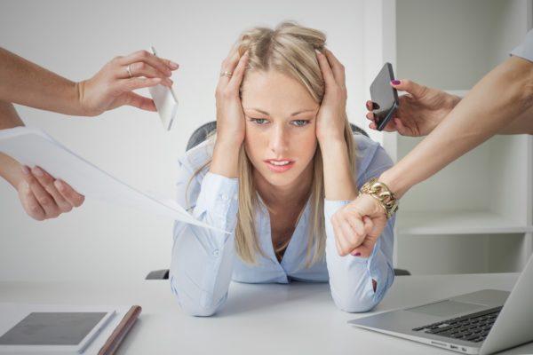 Стресс - частый виновник болей и тяжести в желудке