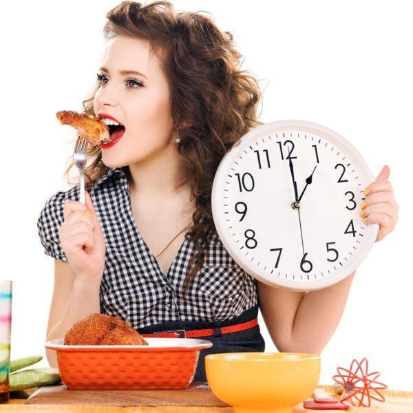 Болезненность возникает чаще через несколько часов после приема пищи