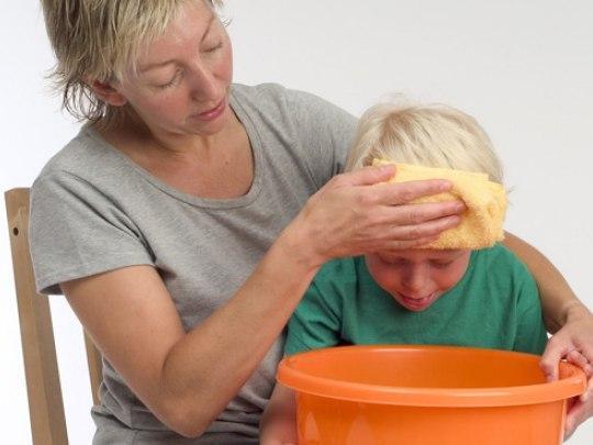 Только после того как ребенка перестанет тошнить и организм очистится, можно начинать лечебную диету