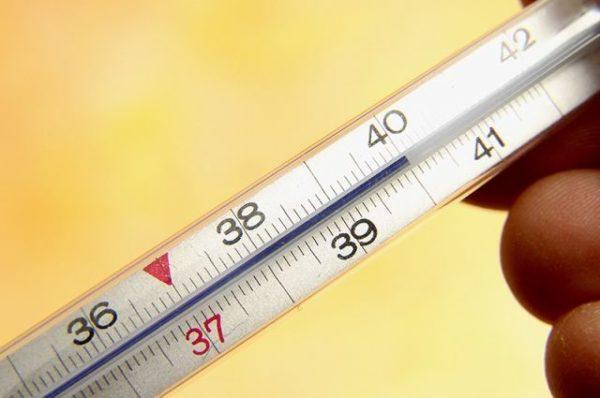 Высокая температура часто сопровождает диареею