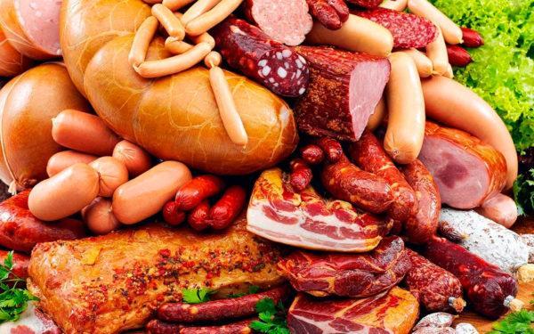 В покупной колбасе содержится глютен