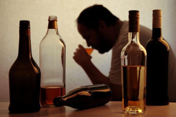 Алкоголь негативно влияет на состояние поджелудочной