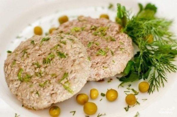 Жареные блюда следует заменить вареными, тушеными, приготовленными на пару или печеными