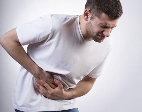 Боли в подреберье усиливаются при кашле и чихании