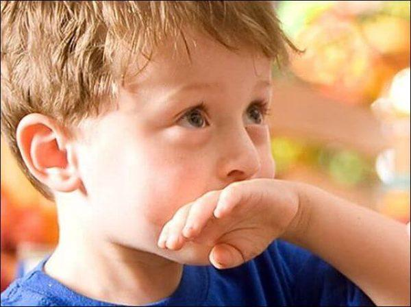 Чем остановить рвоту у ребенка