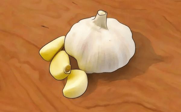 Чеснок действует как природное глистогонное средство