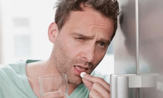 Рвота после алкоголя на следующий день лечение. Почему рвет желчью после алкоголя?