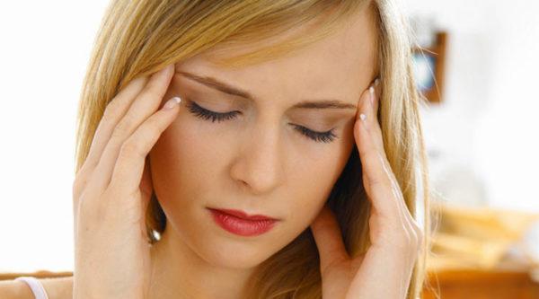 Головные боли и головокружение возникают вследствие интоксикации организма при энтероколите