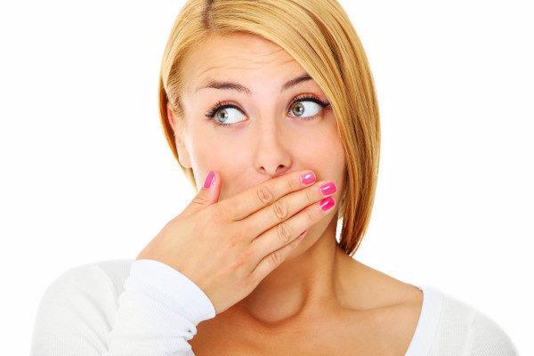 Горечь во рту и тошнота: причины
