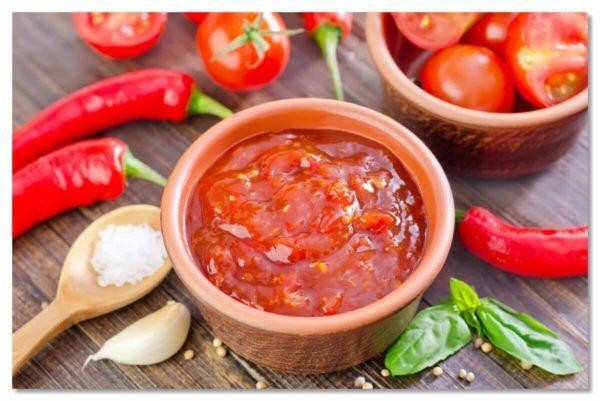 Избыток острой пищи и несбалансированный рацион приводят к нарушению пищеварительных процессов, а затем и к развитию серьезных патологий, в том числе и онкологических новообразований