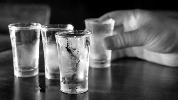 Изжога бывает от алкоголя