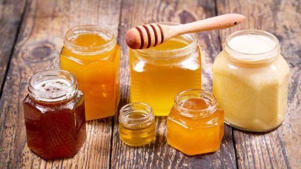 Мед - это природный антисептик, который восстанавливает микрофлору