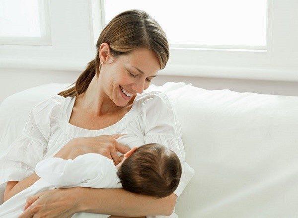 Многие мамы переживают, что их рацион может оказать влияние на самочувствие ребенка