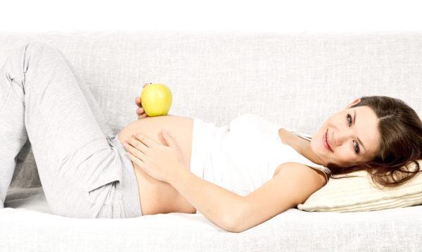 Наиболее комфортно женщины ощущают себя в период с 15 по 27 неделю беременности