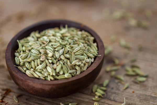 Настой семян фенхеля - одно из самых эффективных средств в борьбе с колитом
