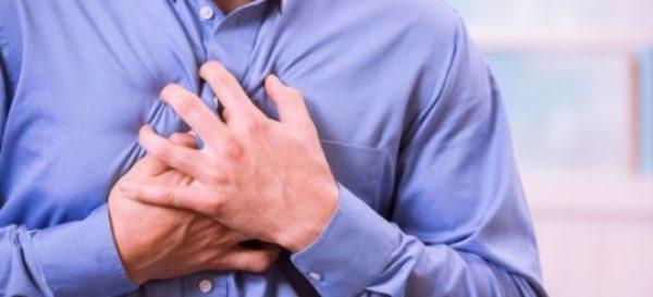 Нередко изжогу сопровождает боль в желудке различной интенсивности