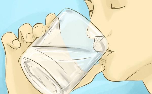 Нужно выпить не менее двух литров воды