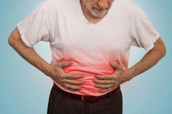 Опухоль поджелудочной железы проявляется сильными болями в животе, резким похудением, проблемами со стулом
