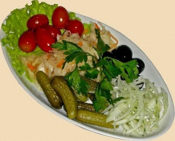 Острые и соленые продукты при болезнях желчного пузыря противопоказаны