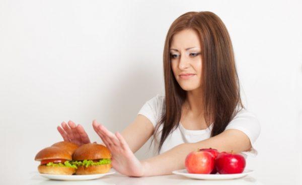 Непереносимость жирной пищи - один из признаков нарушения работы сфинктера Одди