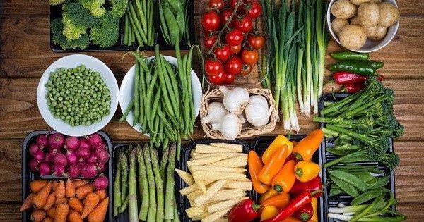 Пребиотики в естественном виде содержатся во многих пищевых продуктах и представляют в таком виде большую ценность, чем в составе аптечных средств
