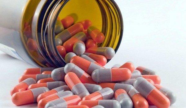 Прием медикаментов должен быть обязательно согласован с врачом