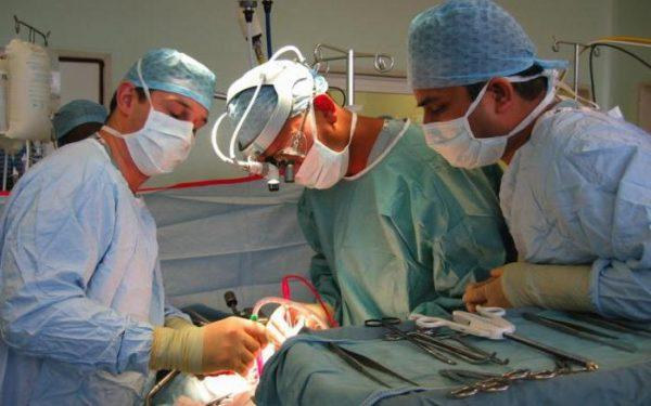 Раковые опухоли удаляют хирургическим путем