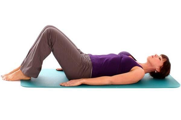 В течении первых 2-3 недель упражнения выполняются только лежа