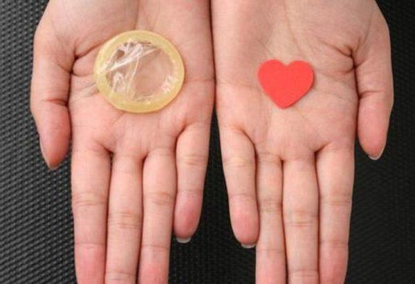 Во избежание половых инфекций нельзя забывать о средствах защиты
