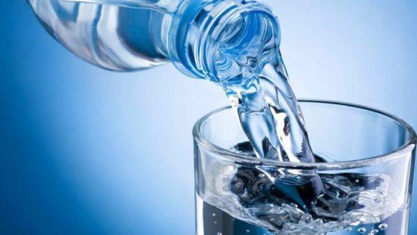 После пробуждения выпейте стакан воды