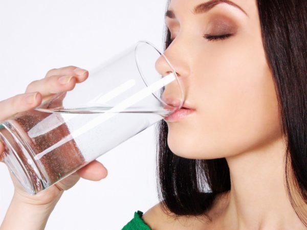 Необходимо пить достаточное количество жидкости