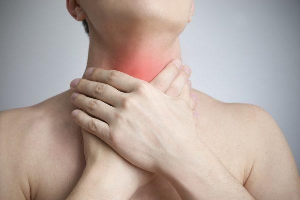 Некоторые симптомы напоминают фарингит