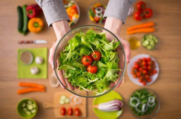 Правильное питание позволит снизить риск появления опухолей